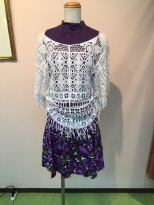 606 紫スカート