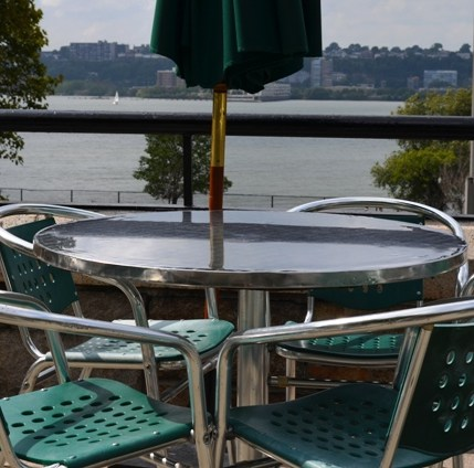 Hudson Beach Cafe Overlooking Hudson River