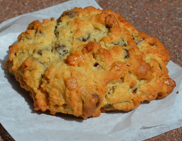 Levain Bakery Walnut Chocolate Chip Cookie