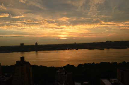 Summer Sunet Over The Hudson River