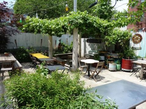 The Pines Outdoor Garden