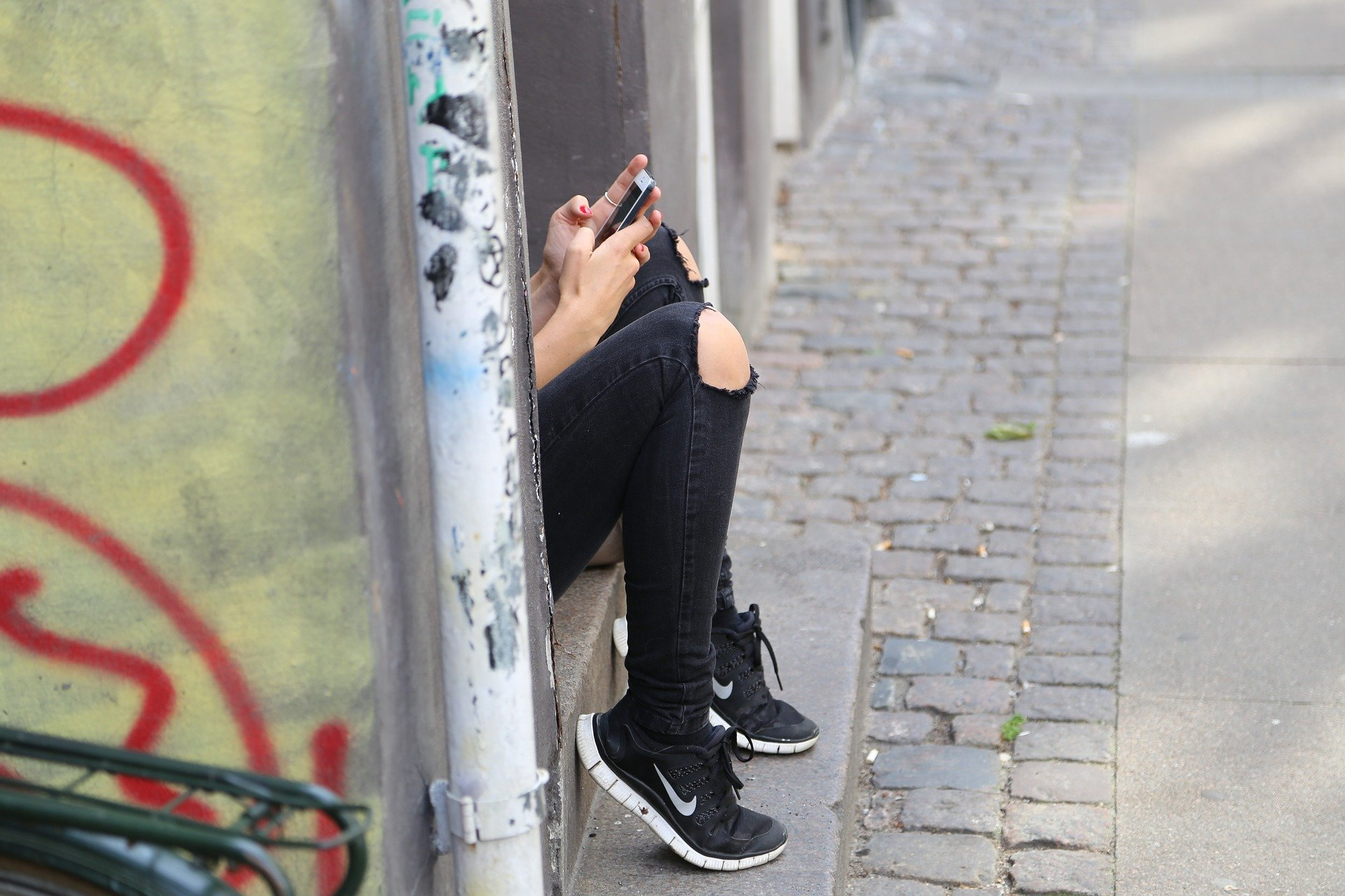 To Peek or Not to Peek at Your Tween's Social Media The Difference Between Spying and Responsibility