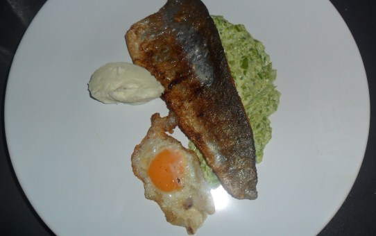 Low-carb Pan Fried Rainbow Trout with Cauliflower Cheese Mash