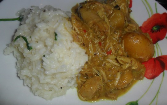 Slow Cooked Chicken Yellow Curry