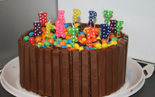 M&M and Kit Kat Chocolate Cake