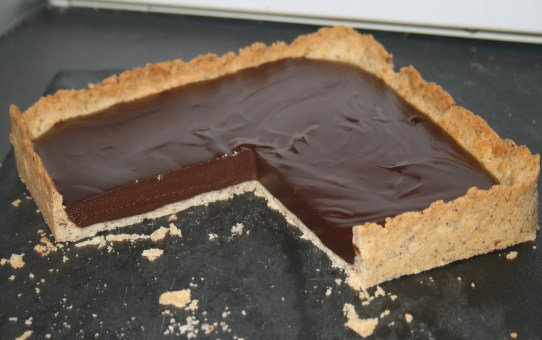 Low Carb Espresso Tart with Hazelnut Pastry and Cream