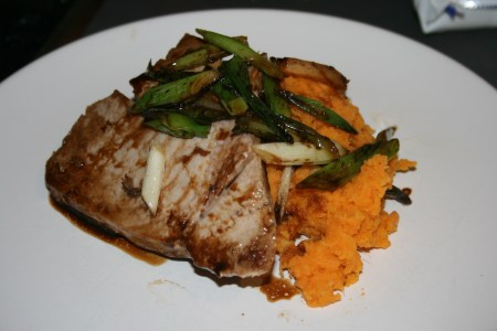Tuna with soy and sweet potato