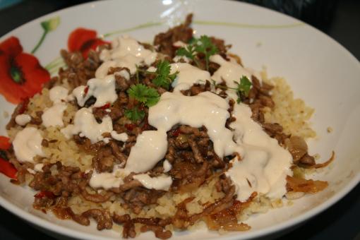 Spiced lamb with bulghar & tahini dressing
