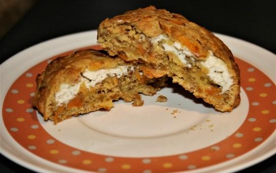 Carrot cake stuffed cookies