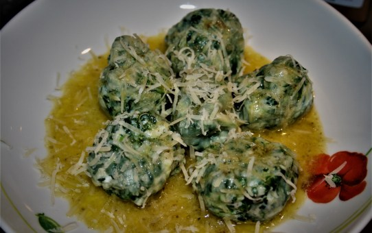 Spinach and ricotta gnudi