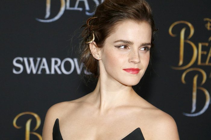 Emma Watson Reportedly Up For Lead Role In 'Black Widow'