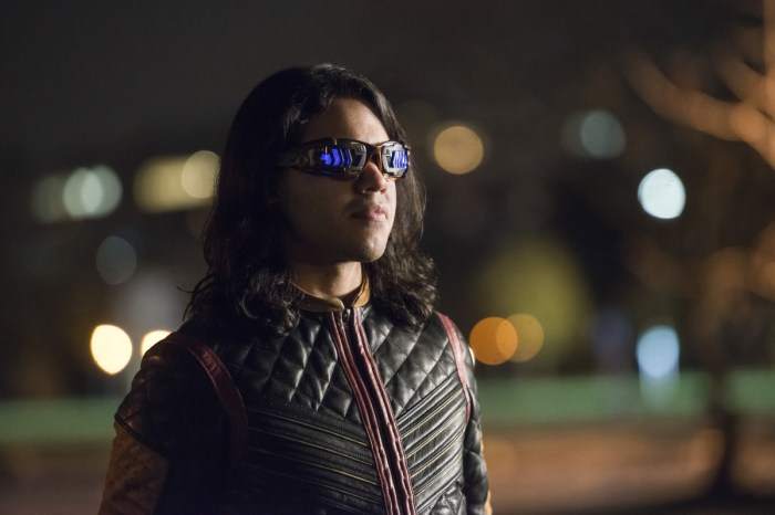 Carlos Valdes Will Return For Season 6 Of 'The Flash'
