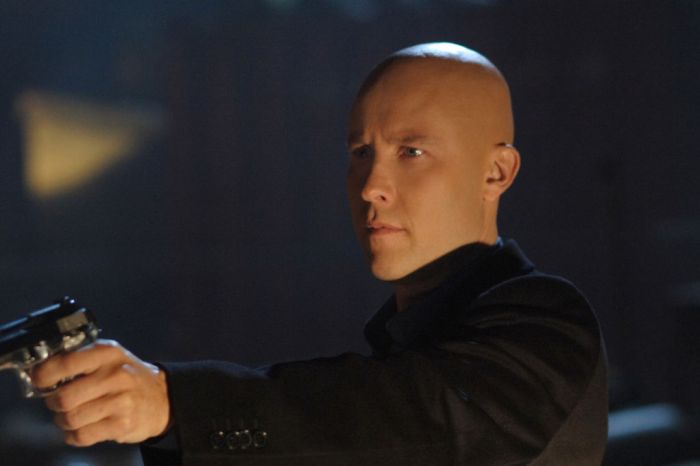 Michael Rosenbaum Has Been Approached To Appear In CW's 'Crisis On Infinite Earths'