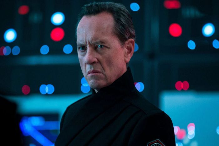 Richard E. Grant Reportedly Joins The Cast Of Marvel Studios' 'Loki'