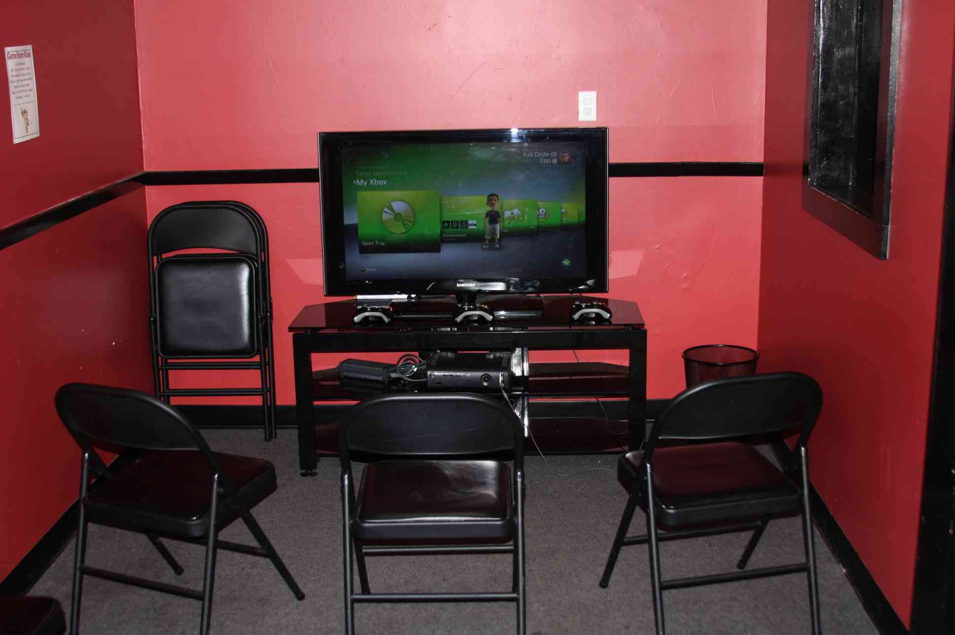 Gaming Chair For Big Guys Full Circle Pizza The Best Taste Around