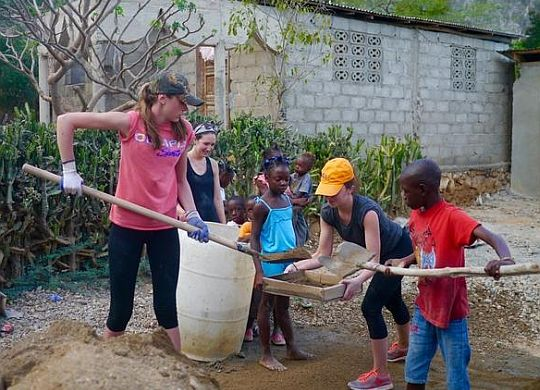 High school freshmen reflect on Global Builders trip to Haiti