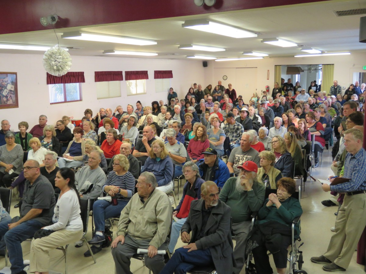 Rancho La Paz Residents Organize and Ask Elected Officials for Help