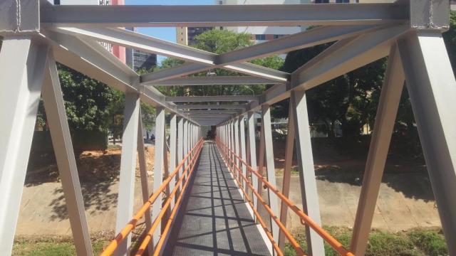Estrutura da Passarela Metálica Finalizada