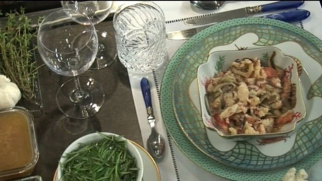 Recipe For Lobster With Mushrooms and Rosemary Vapor
