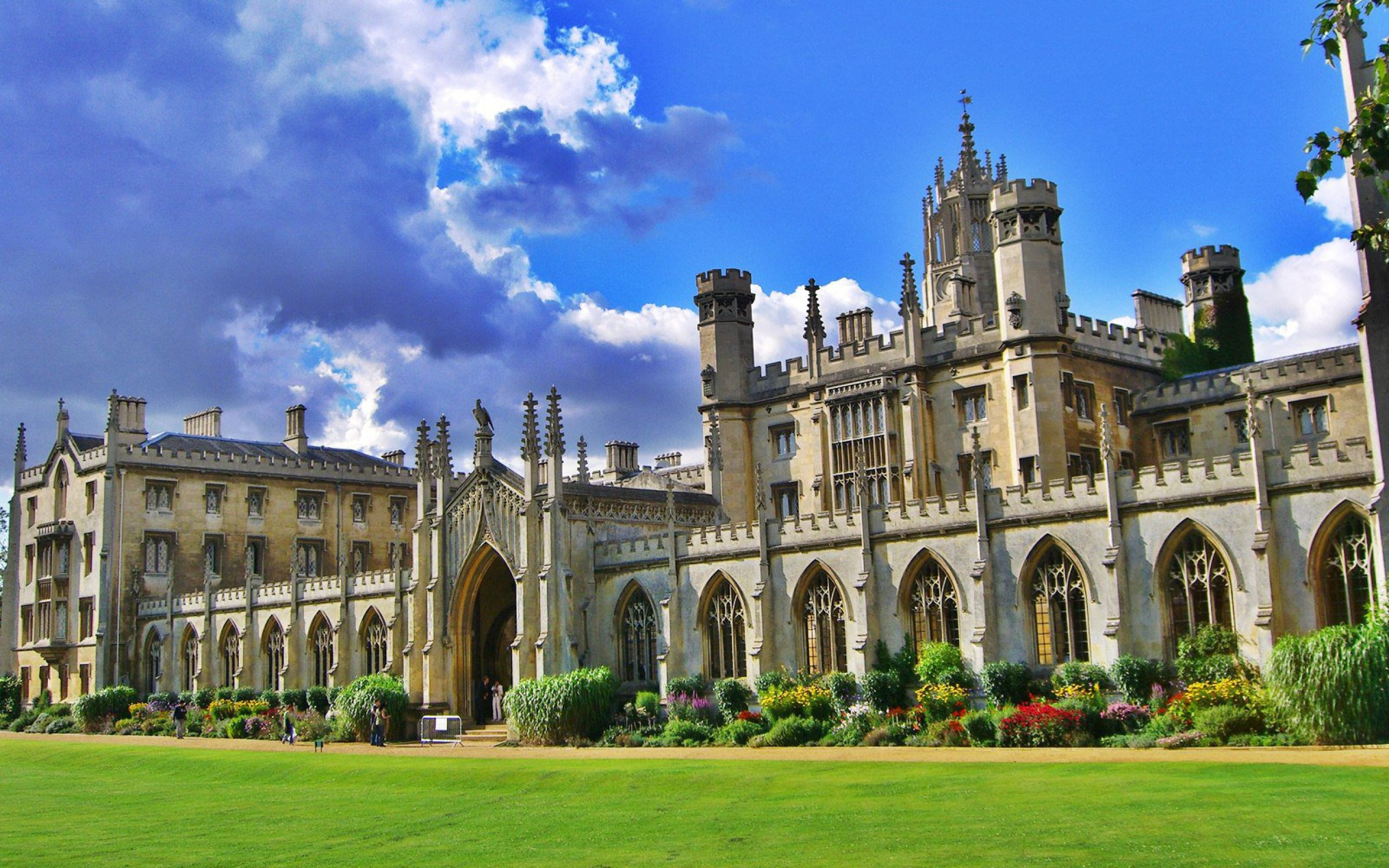 Best Fashion And Design Universities