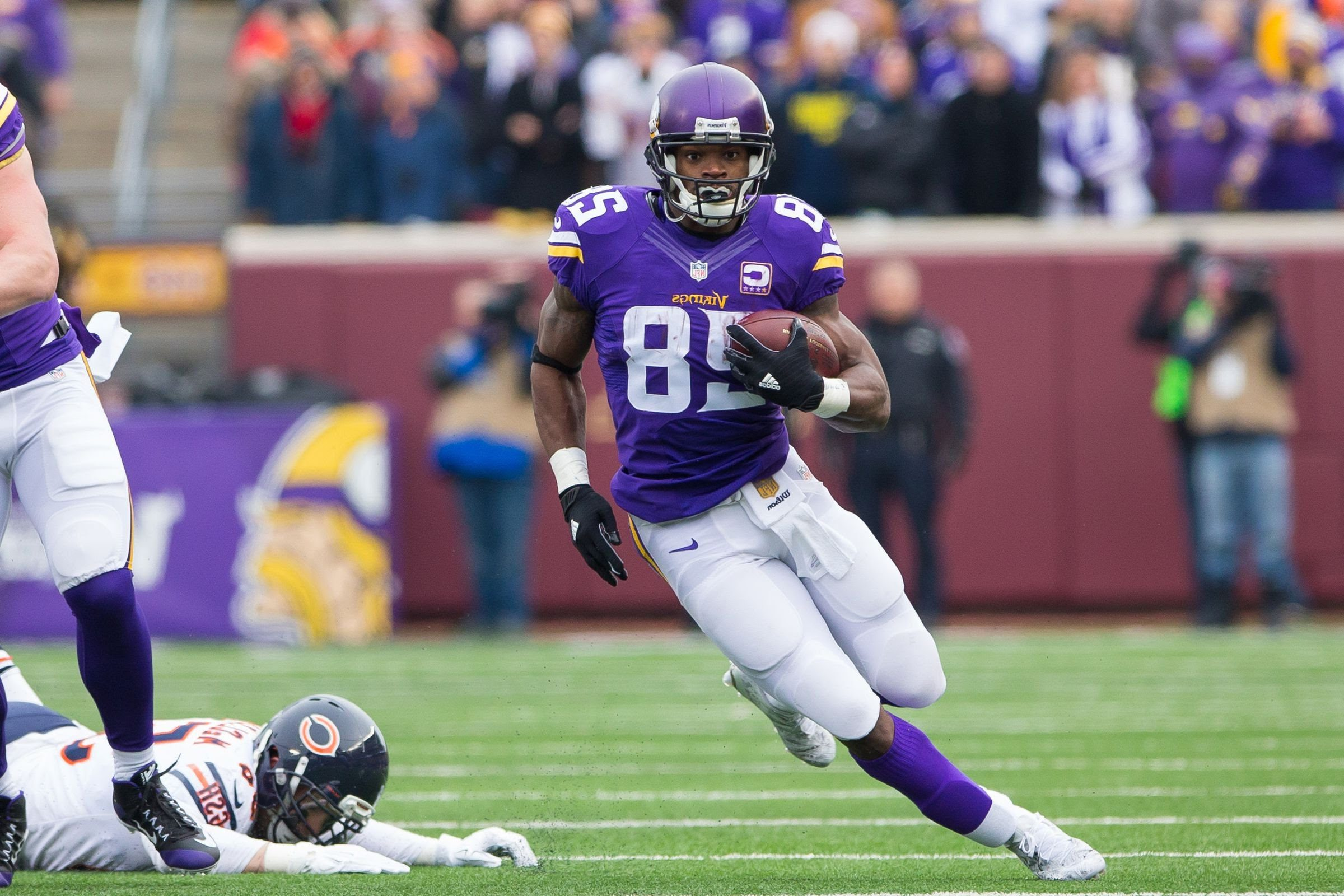 Adrian Peterson Wallpaper Iphone Adrian Peterson Wallpapers Full Hd Pictures