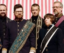 The Decemberists Announce Traveler's Rest Lineup w/ Belle and Sebastian, Real Estate