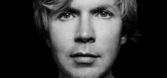 "Beck ""No Distraction"""
