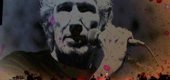 """Roger Waters Sings """"Wish You Were Here"""" – Mexico Message"""