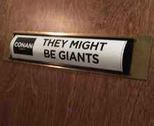 "They Might Be Giants: Conan 2018 ""I Left My Body"""