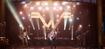 """Weezer on James Corden – The Late Late Show – """"Mexican Fender"""""""