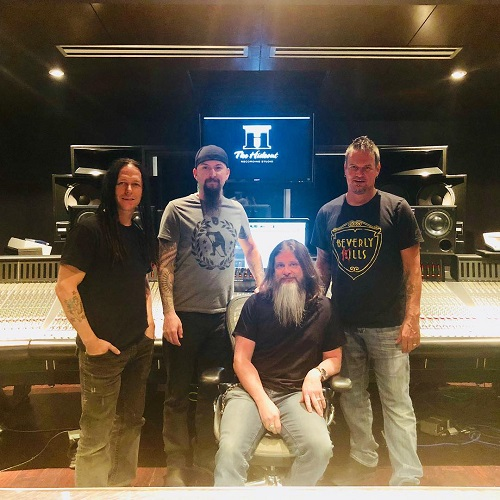 "Disturbed: ""New album just about wrapped up!"" 2018 - Video"