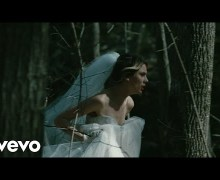 """Wolf Alice """"Space & Time"""" Official Video Premiere"""