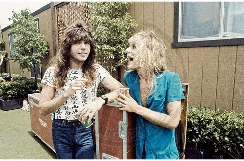 Did Randy Rhoads Use Drugs Before Or During Concerts