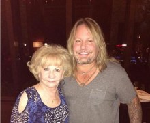 Vince Neil's Mom Loses Battle with Cancer