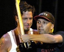 "Tom Morello: ""Listening to ""Like A Stone"" & ""Spoonman"" in the car with my kids."""