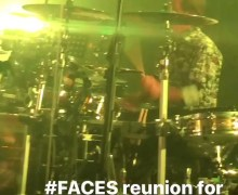 "Faces Reunion 2019 Rod Stewart, Ronnie Wood, Kenny Jones ""Maggie May"" – VIDEO"