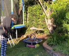 Steve Lukather vs His Neighbor