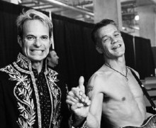 "David Lee Roth Pays Tribute to Eddie Van Halen: ""What a Long Great Trip It's Been.."""