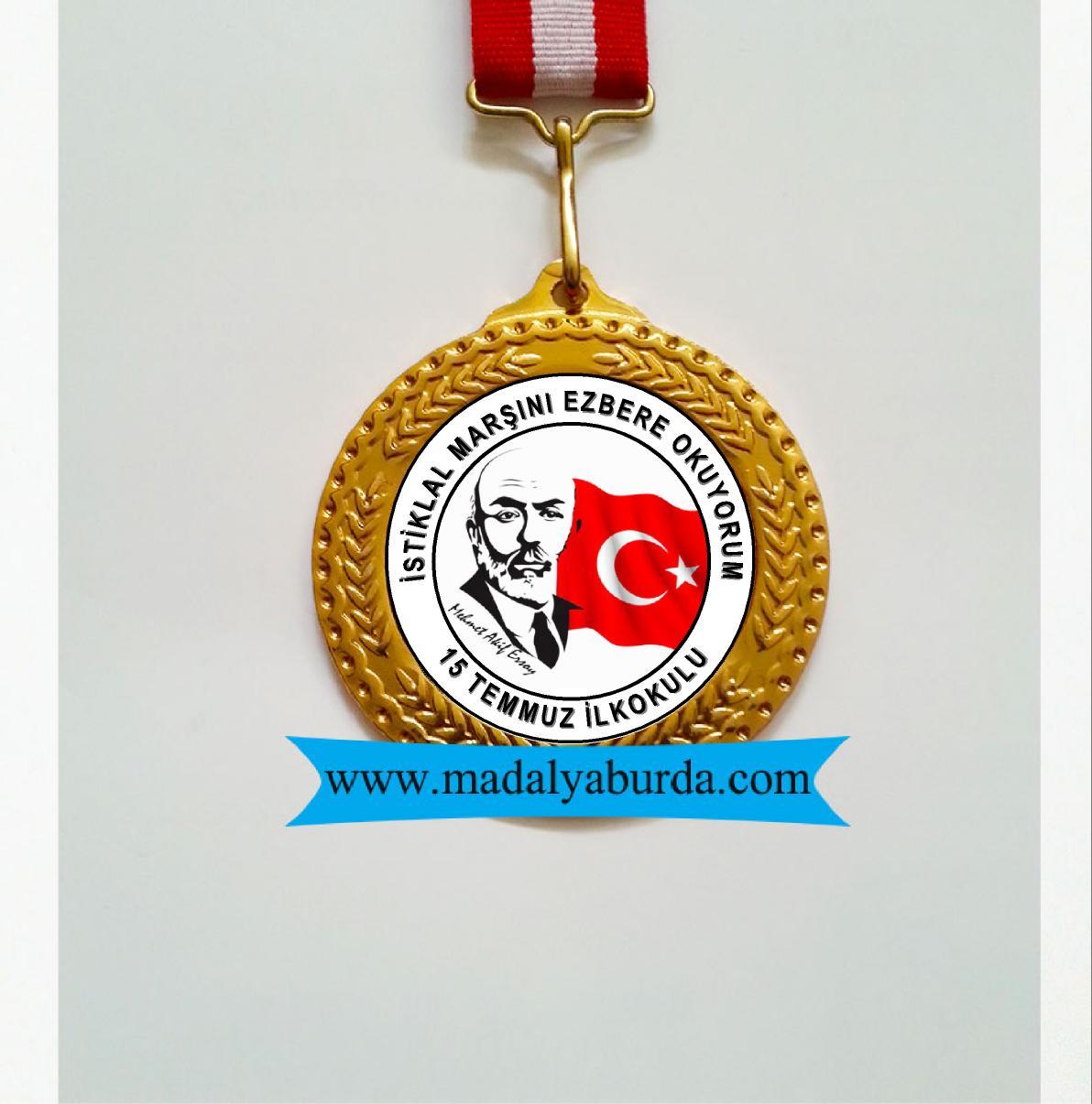 madalya-istiklal marşını ezbere okuyorum