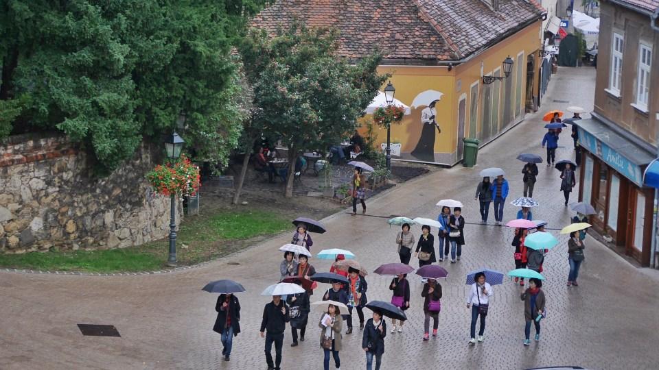 Tourists in the rain.