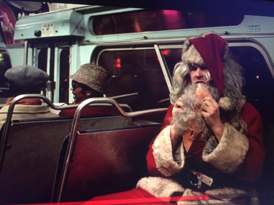 My Christmas Eve was spent with Dan Ackroyd and Eddie Murphy. I almost want to watch it again tonight, it was just exactly what I needed. If you've never seen Trading Places, what are you waiting for?!