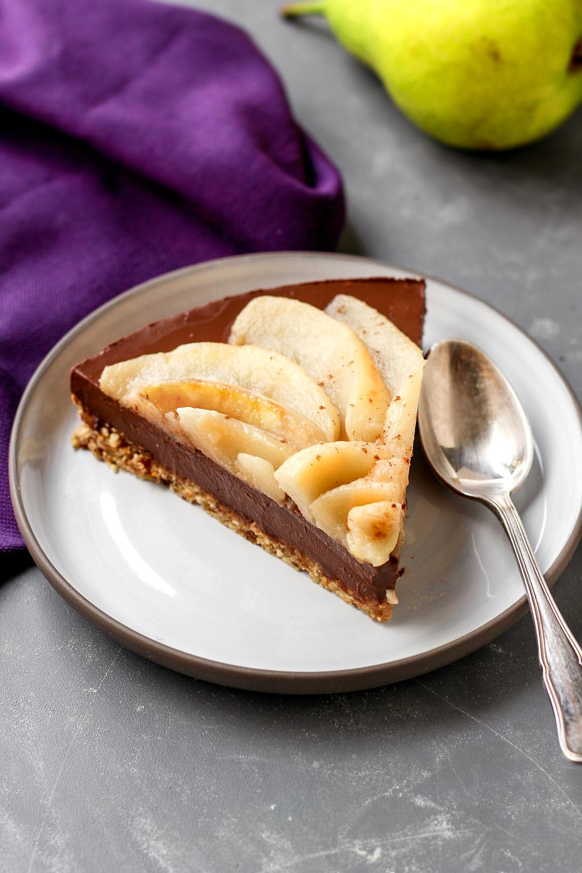 Vegan No-Bake Chocolate Pear Tart