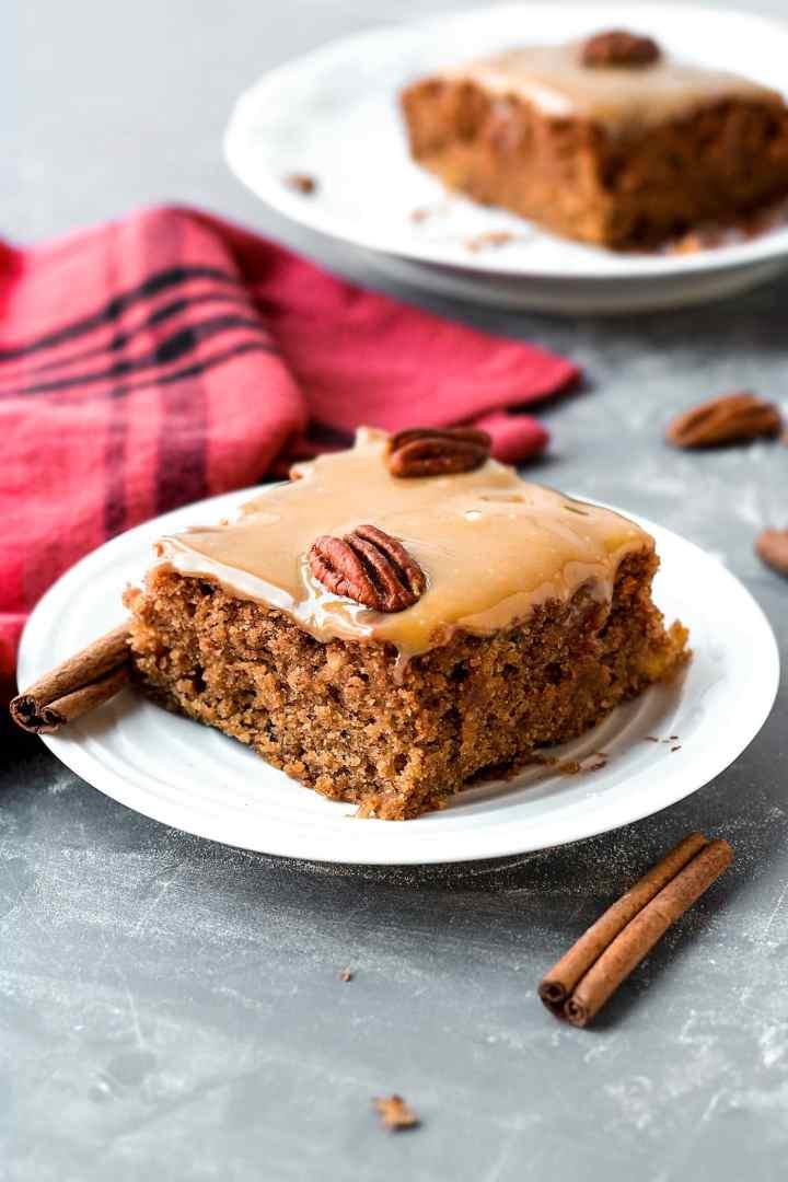 Vegan Moist Chai Applesauce CakeVegan Moist Chai Applesauce Cake