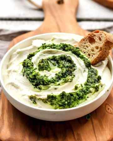 Vegan Pesto Swirl Cream Cheese