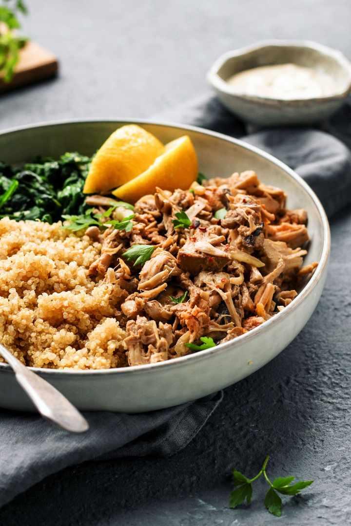 Easy Jackfruit Chicken Quinoa Bowls
