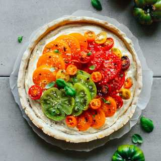 Heirloom Tomato Tart with Basil Cashew Cheese
