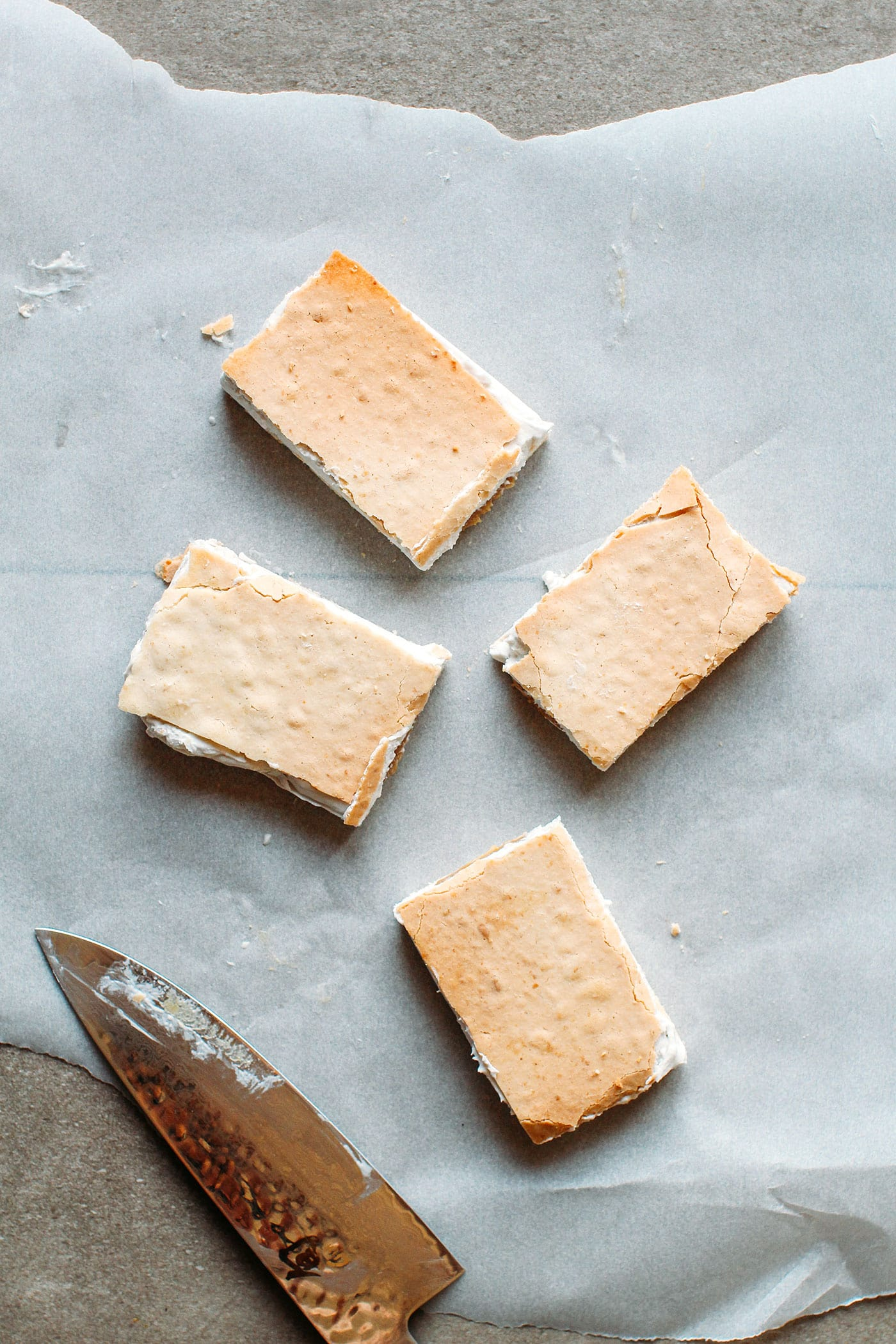 Salted Caramel & Vanilla Mylk Chocolate Bars