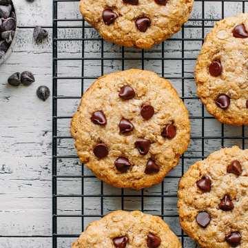 Chewy Oat & Coconut Cookies
