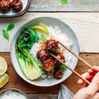 Vegan Tender Teriyaki Meatballs