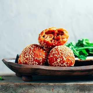 Soft & Crispy Jackfruit Sesame Buns (Vegan + GF)